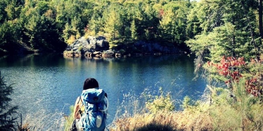 a comprehensive guide to choosing the best backpack - ms travel solo
