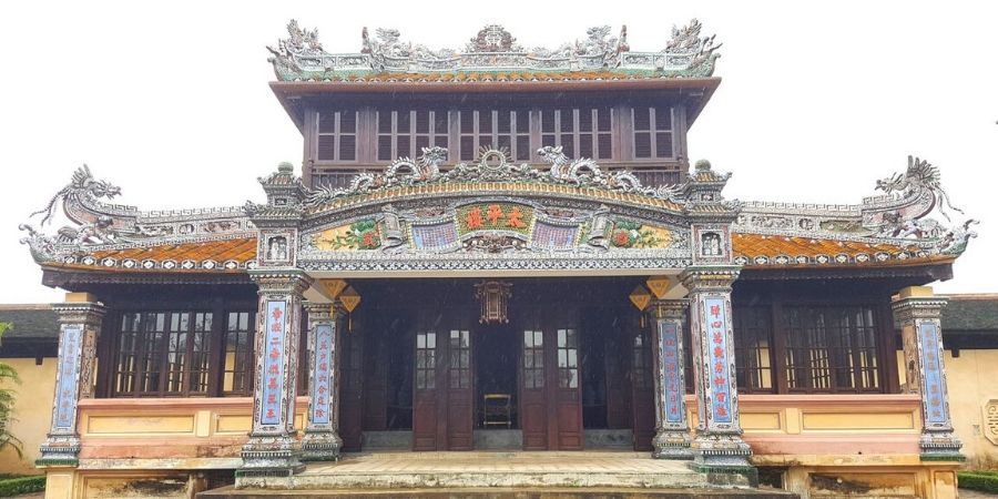 Intricate designs of the temples at Royal Palace in Hue, Vietnam