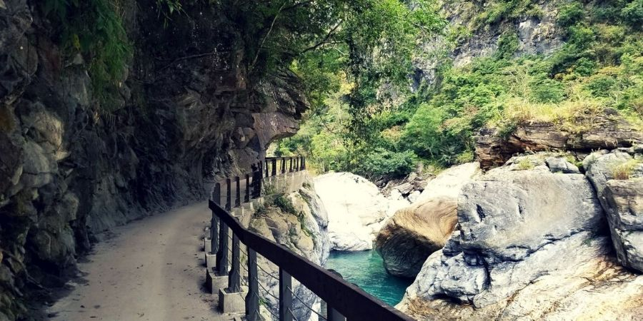 Shakadang Trail in Taroko Gorge National Park