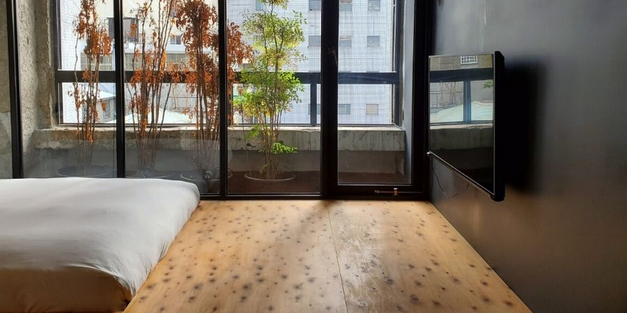 A standard double guest room at SOF Hotel in Taichung, Taiwan.