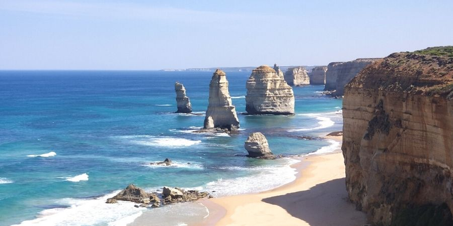 A highlight to any Great Ocean Road 2 day itinerary must include the iconic 12 Apostles.