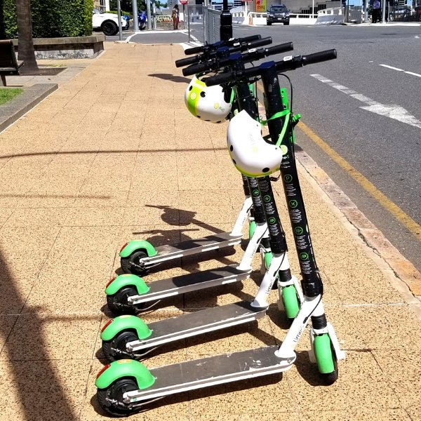 Travelling solo in Brisbane is so much more fun when you can zip around with Lime Scooter!