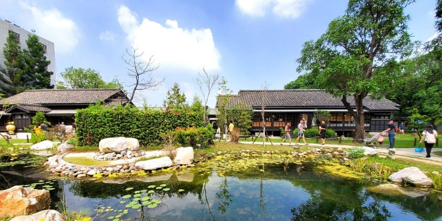 One of the best things to do in Chiayi is visiting the Japanese houses at Hinoki Village.