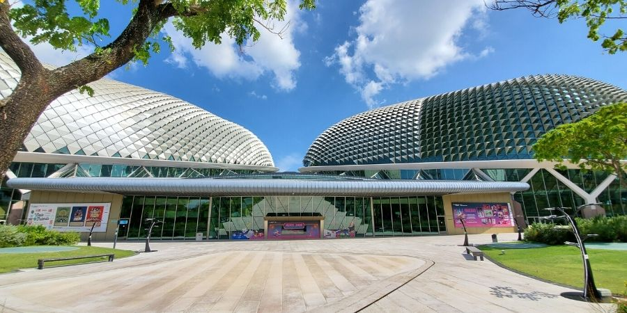 No matter what type of art you are into, you will find something you like at The Esplanade - Theatres on the Bay.