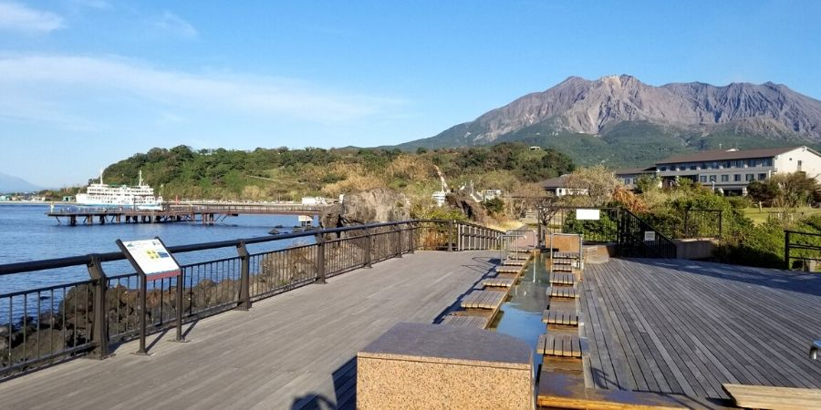 Free foot baths along the shores of Sakurajima