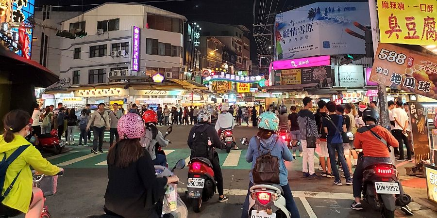 Feng Chia Night Market is one of the busiest night markets in Taichung, Taiwan
