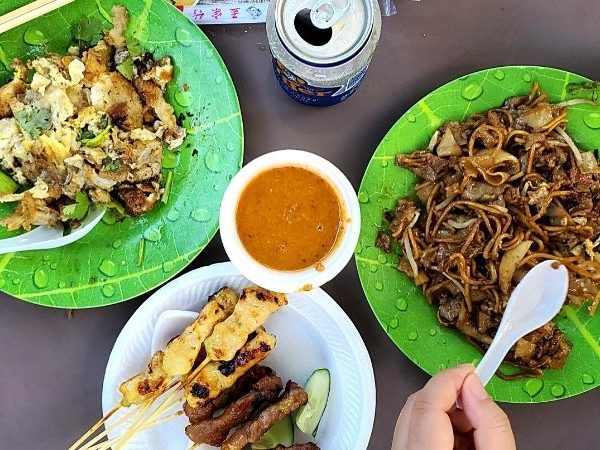 Singapore food culture is about using flavours from many cultures and many excellent local food can be found in hawker centres.