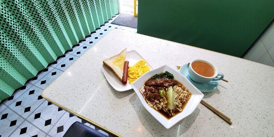 HK breakfast at Tea Master