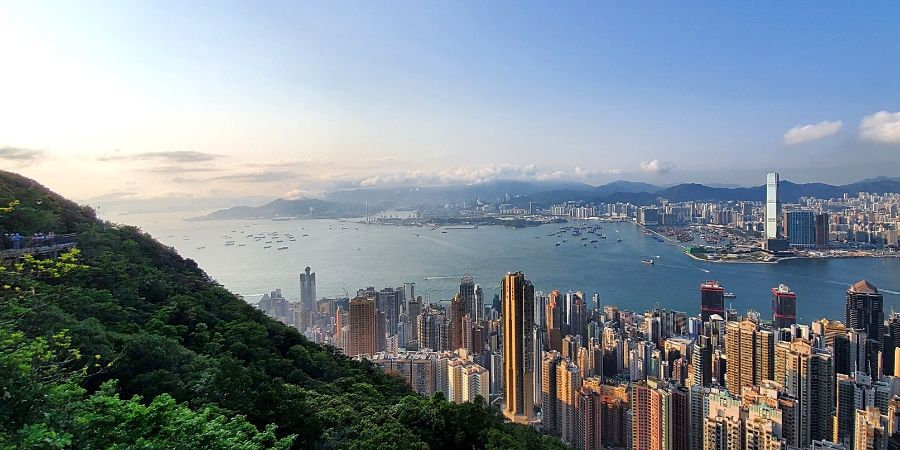 One of my favourite easy hiking trails in Hong Kong has to be Victoria Peak Trail.