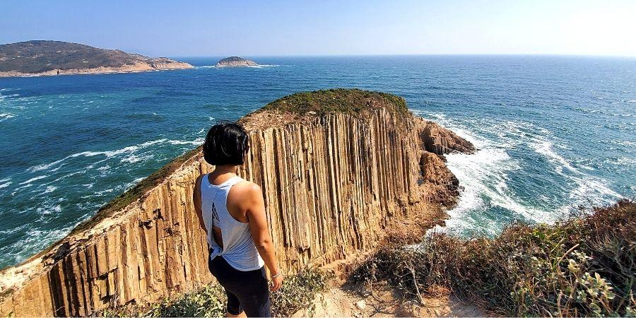 Follow my itinerary and see hexagonal rock columns at Po Pin Chau in Hong Kong.