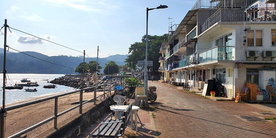 Follow the seaside promenade back to Peng Chau Ferry Pier