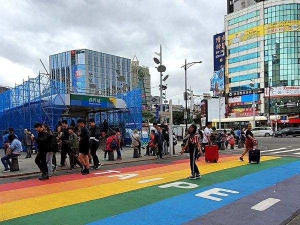 One of the best things to do alone in Taipei is to visit the colourful Ximending area.