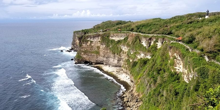 Follow my 10 day itinerary in Bali and experience the best of the tropical island